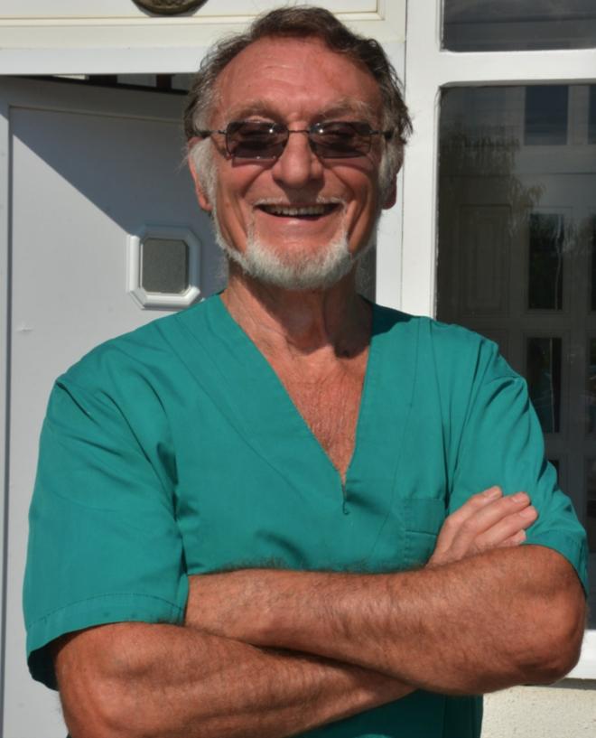 д-р Светозар Чирич